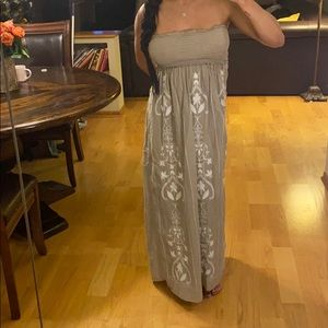 Strapless grayish/olive dress